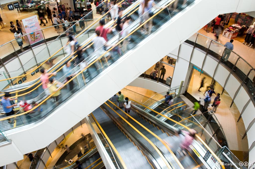 Mennesker i rulletrapper