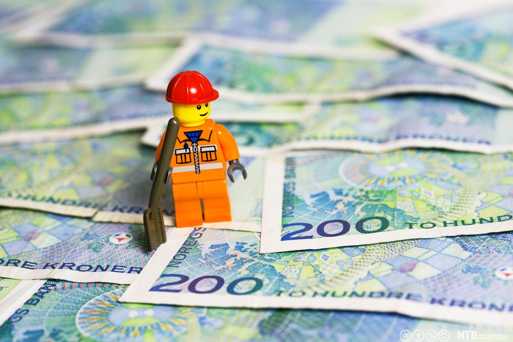 beregne årslønn fra månedslønn