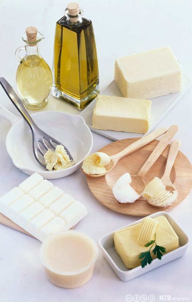 Smør, feitt og olje. Foto.