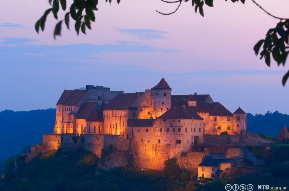 Tysk borg i Bavaria. Fotografi.
