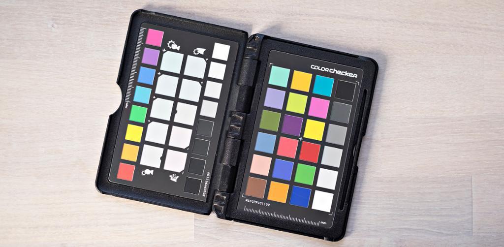 Gråkort for hvitbalansering av fotografier. Foto.