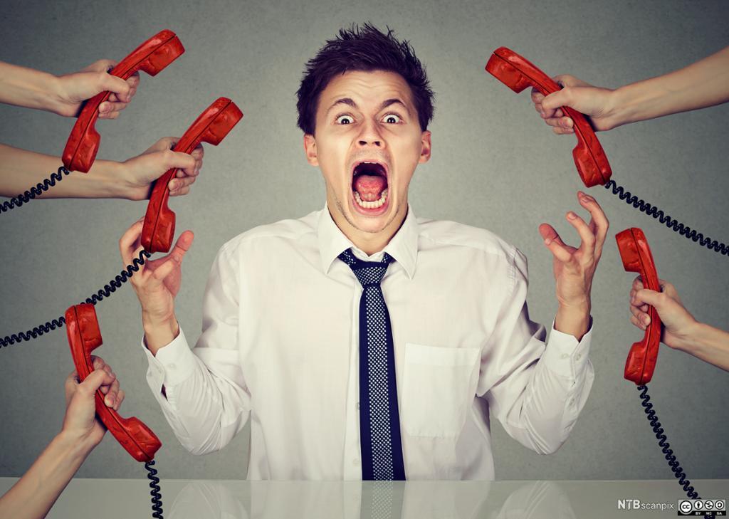illustrasjonsbilde av stresset kontormedarbeider. Foto.