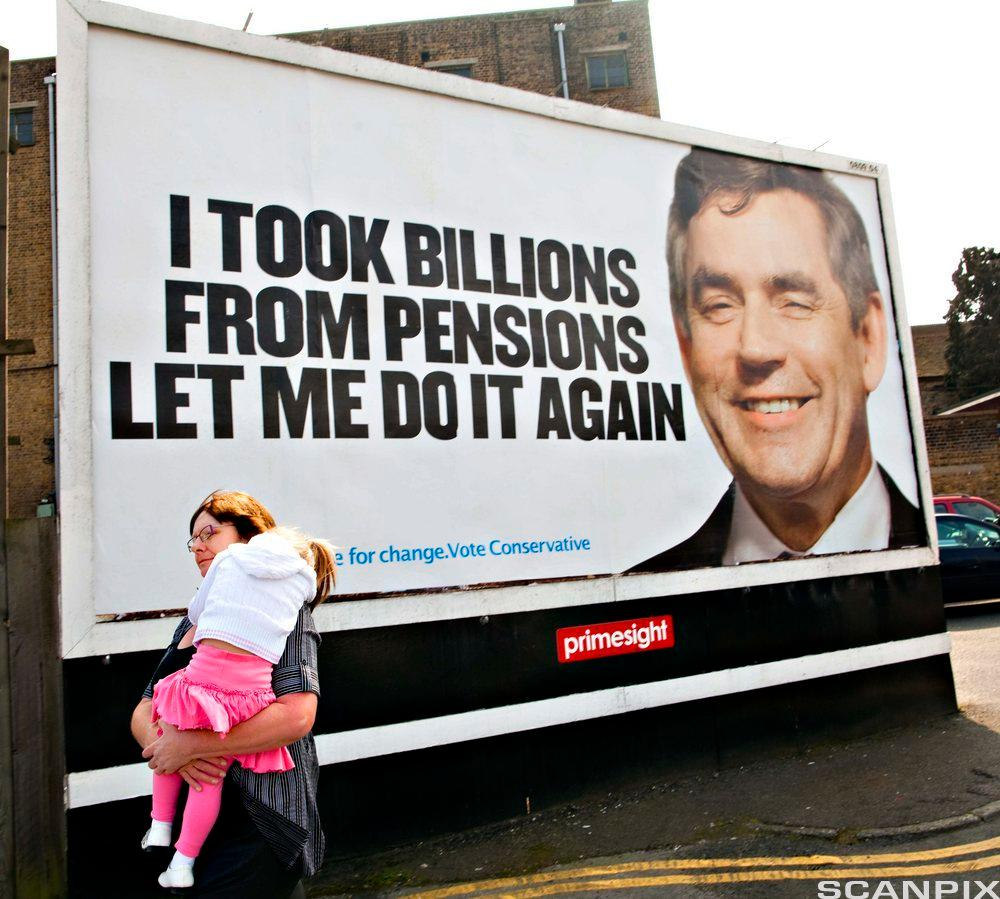 Gordon Brown på politisk plakat. Bilde.