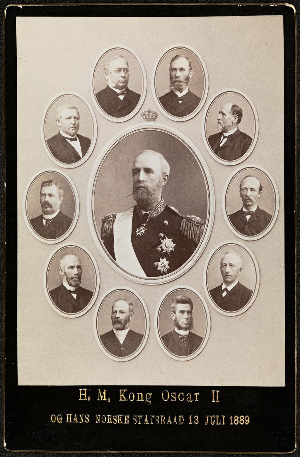 Kong Oscar og hans norske statsråd i juli 1889. Foto.