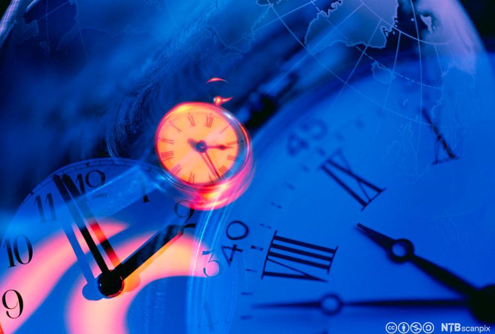 Analoge klokker. Foto.