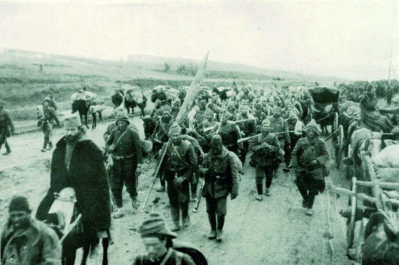 Den ottomanske hær langs veien under balkankrigene i 1912. Foto.