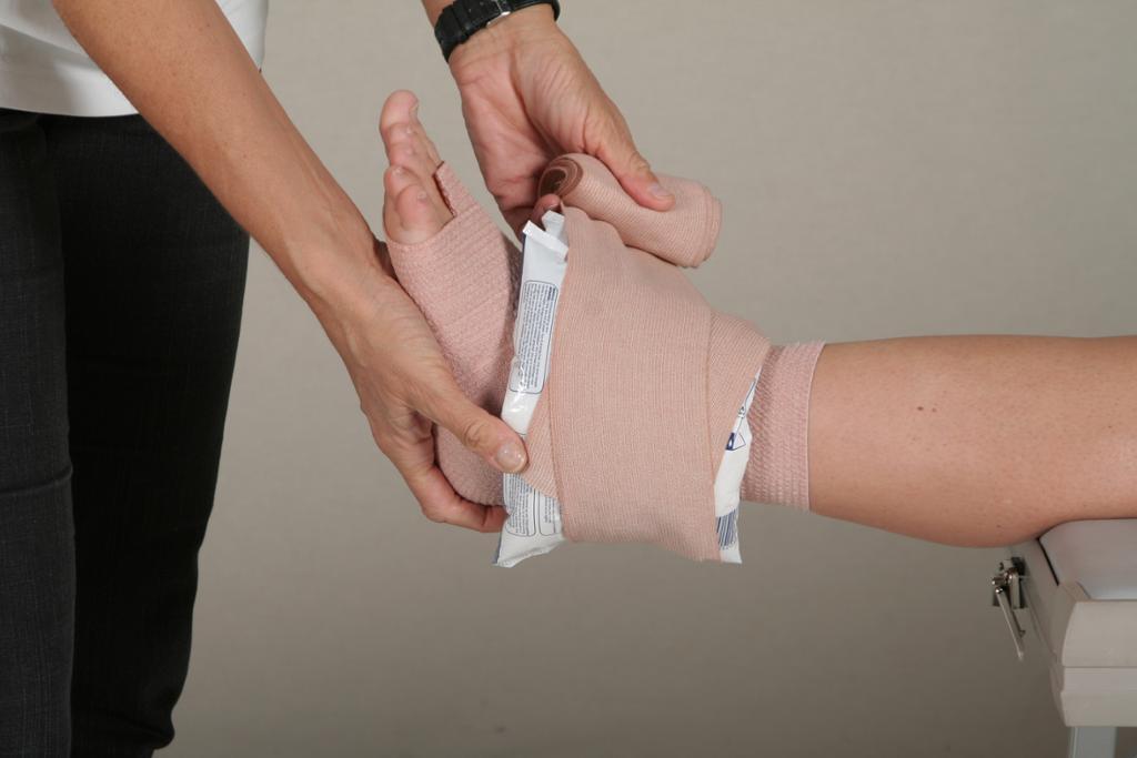 Akuttbehandling av skadet ankel