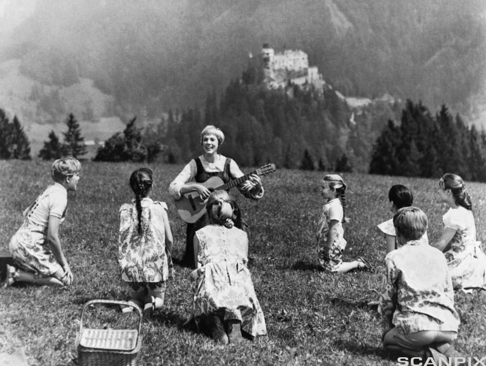 Scene fra musikkfilmen The Sound of Music