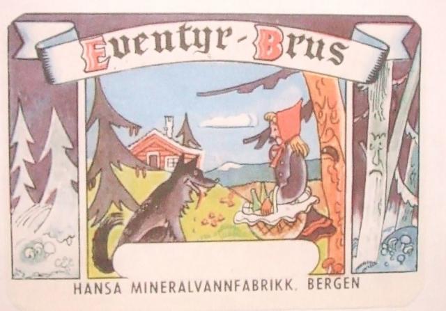 Bilde av flaskeetikett for Eventyr-Brus, som viser Rødhette og ulven