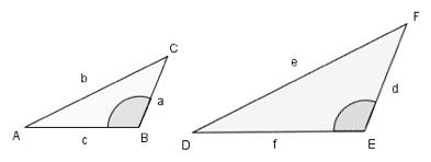 Bilde av to formlike trekanter