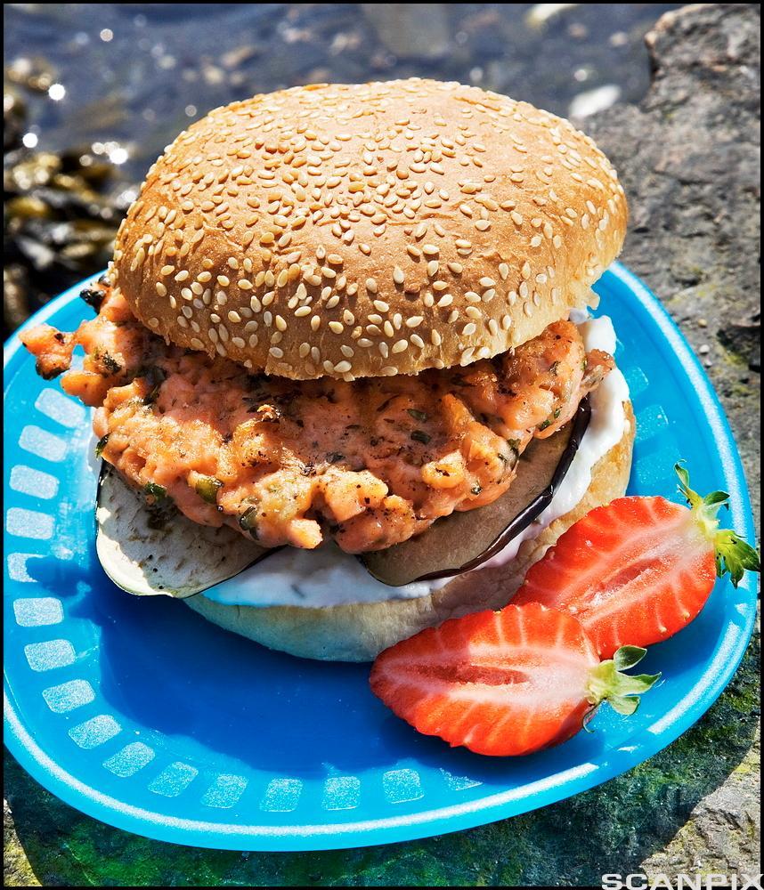 Bilde av en lakseburger. Foto