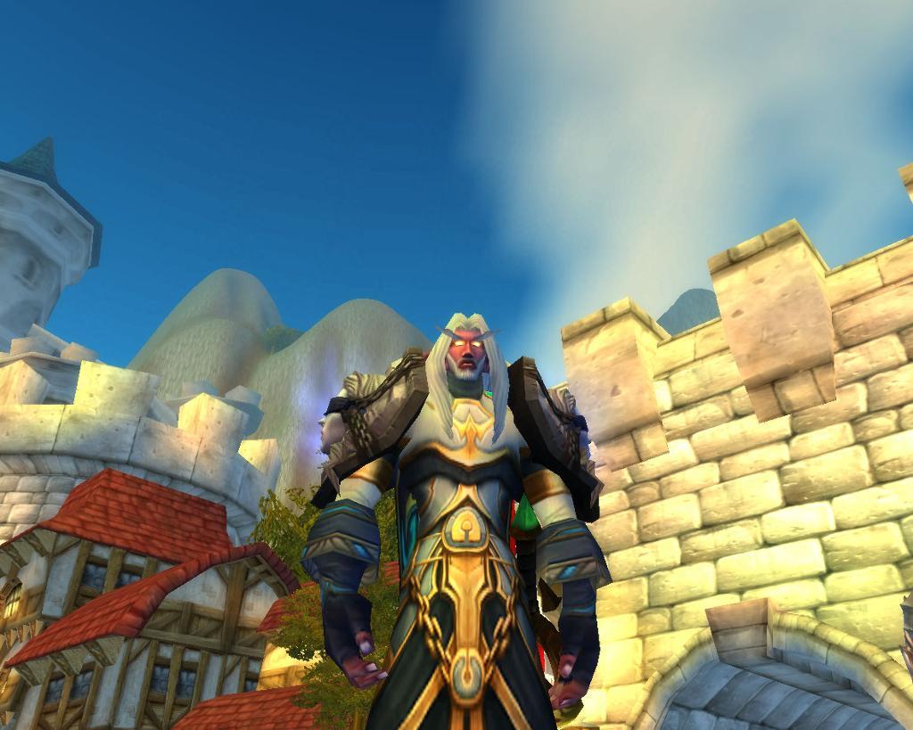 Scene fra World of Warcraft der en kriger kommer ridende på hest. Skjermdump.