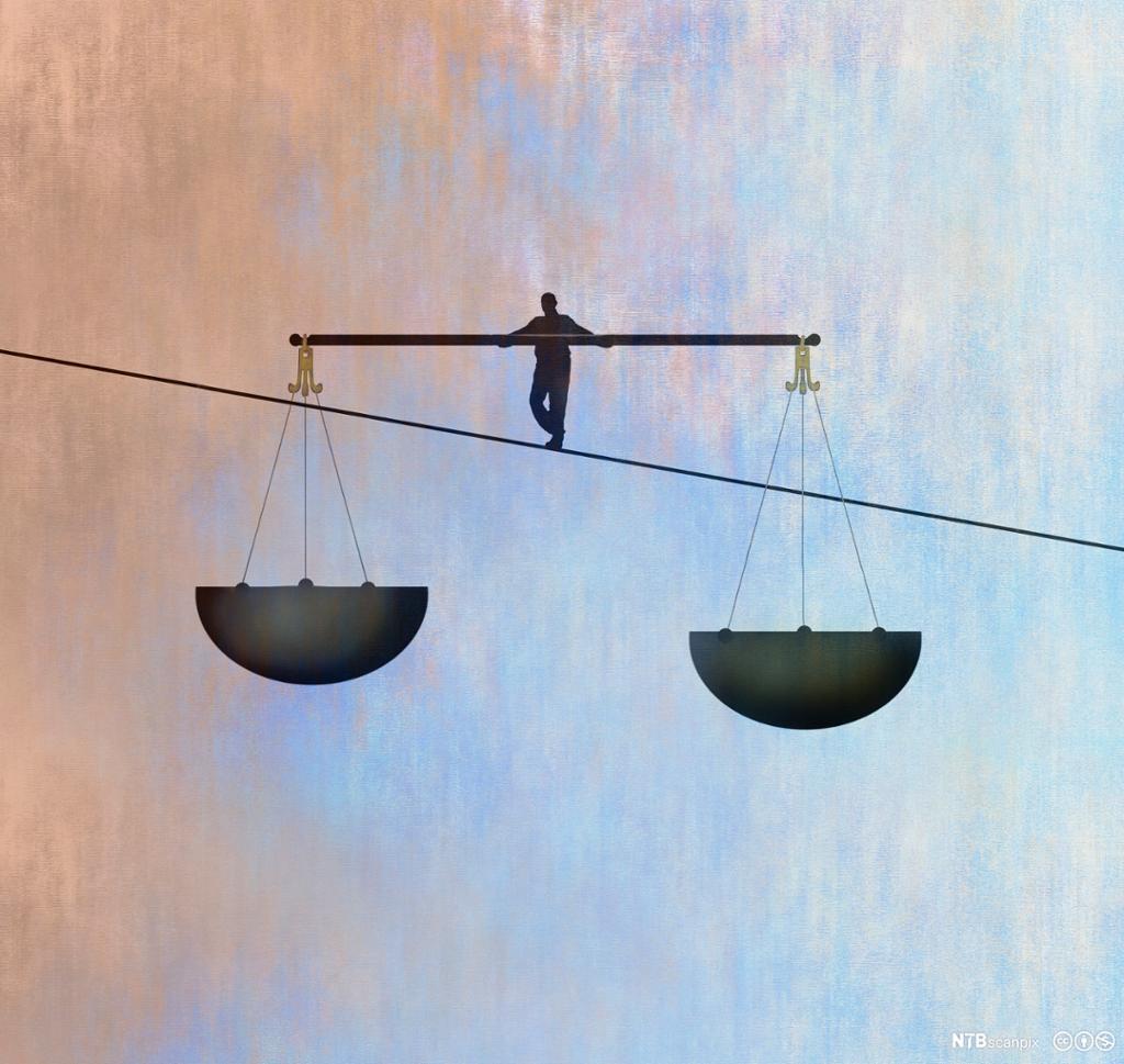 Balansering på line med to store svarte vektskåler. Illustrasjon.