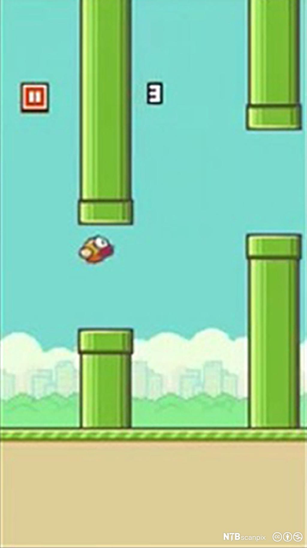 Minifugl flyr mellom stolper i et mobildataspill. Skjermdump.