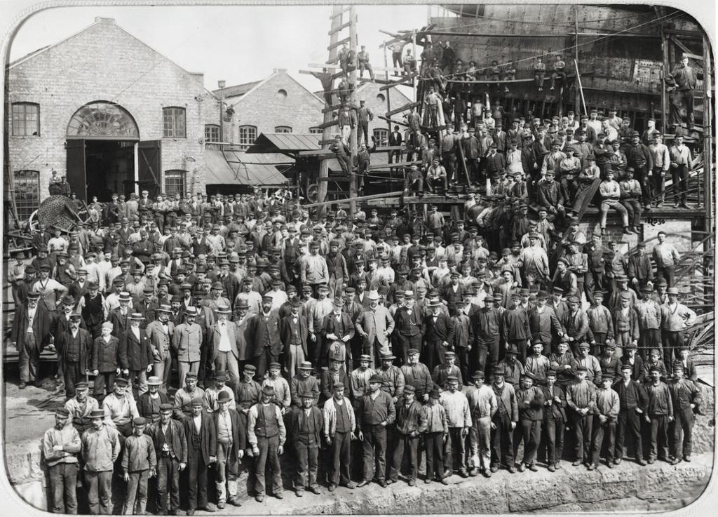 Arbeidsstokken ved Akers mek. verksted, 1898. Foto.