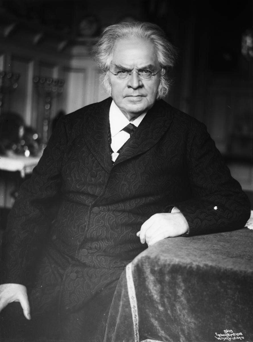 Portrett av Bjørnstjerne Bjørnson. Foto.