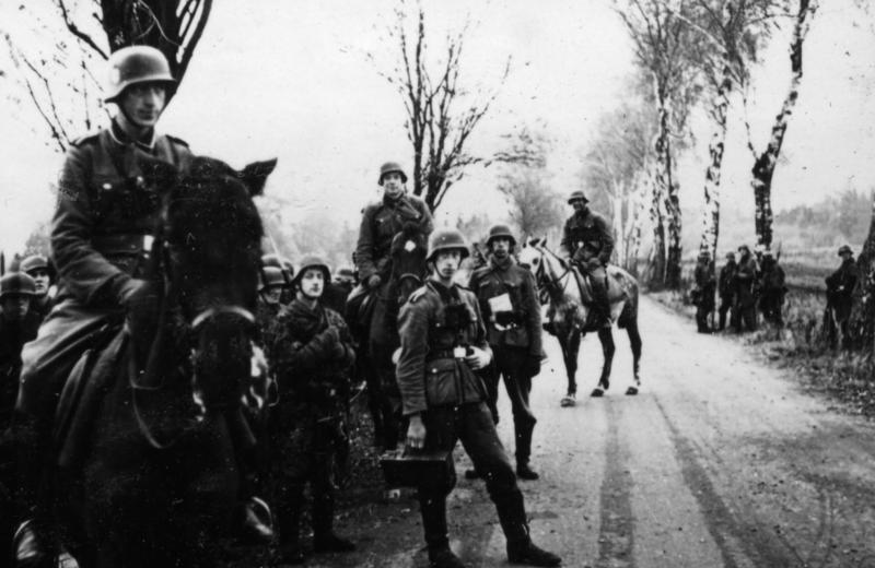 Norske frontkjempere i Waffen-SS-enheten Den norske legion i Sovjetunionen, 1942. Foto.
