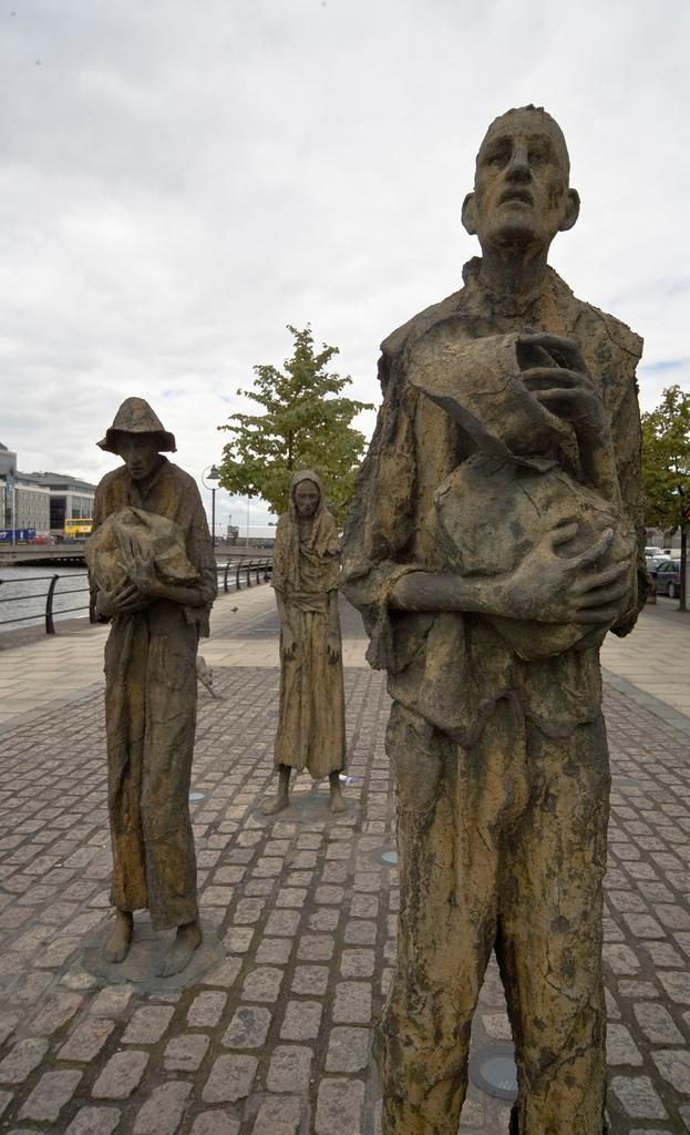 Famine Memoria