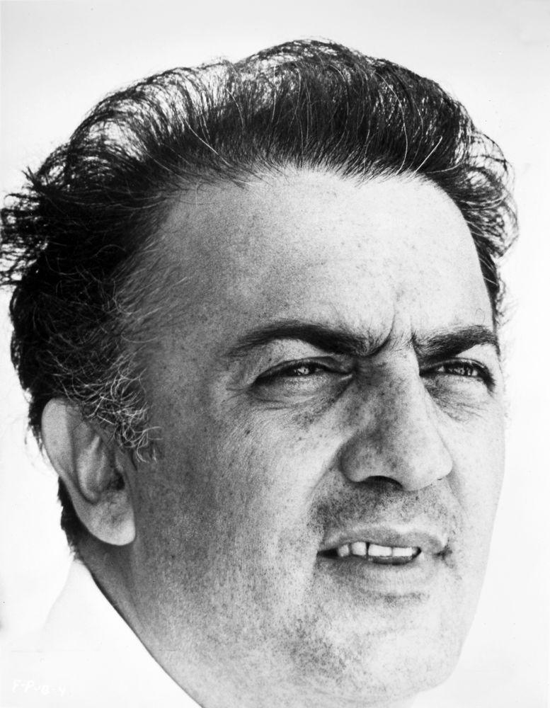 Portrett av Federico Fellini i 1963