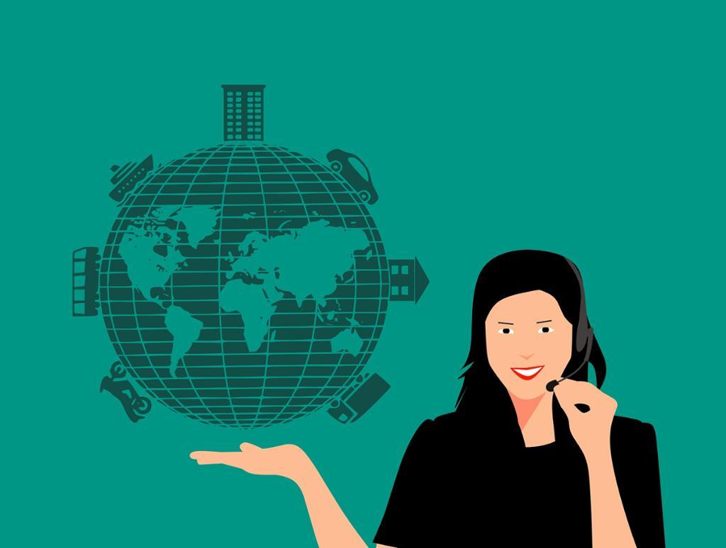 Dame med headset holder liten jordklode med ulike transportmidler. Illustrasjon.