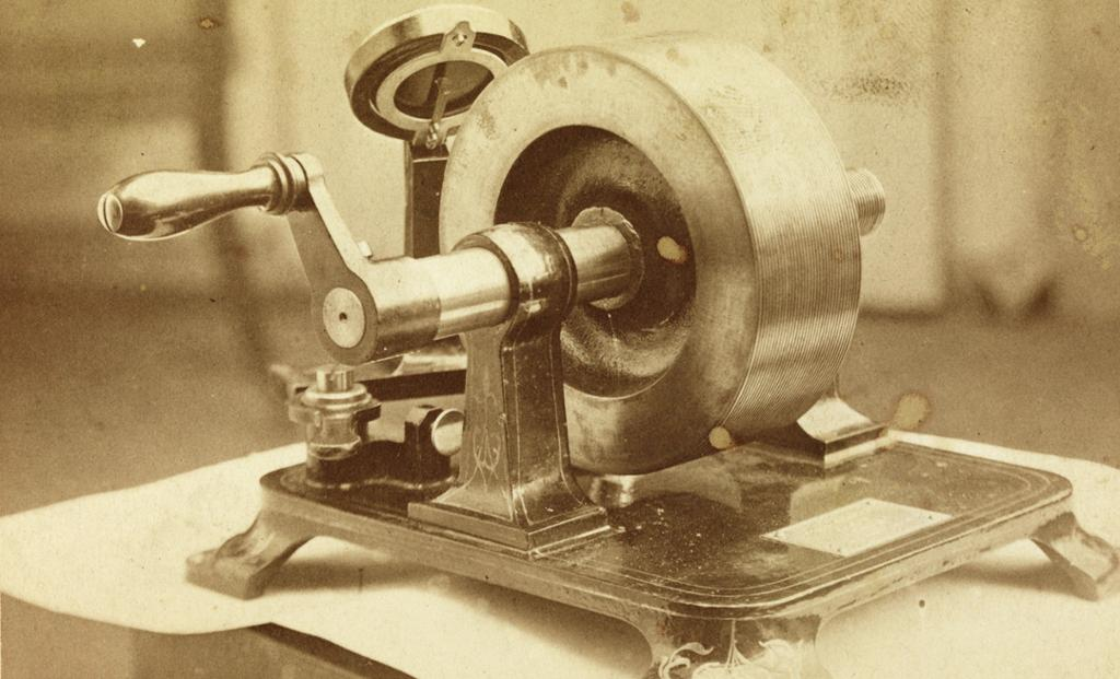 Tidlig fonograf. Foto.