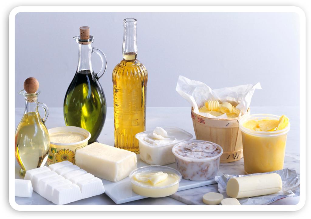 Smør, margarin og olje. Foto.