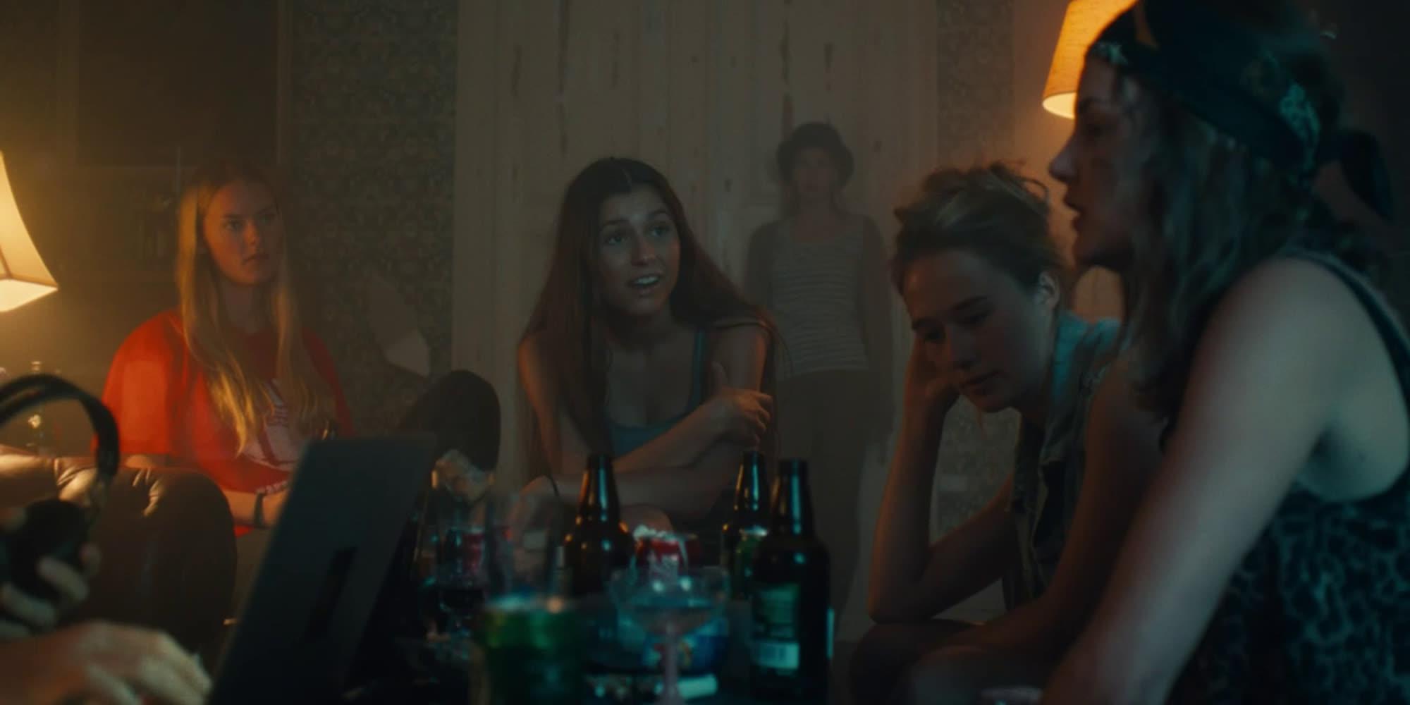 Utsnitt fra filmen Dryads - Girls Don't Cry.
