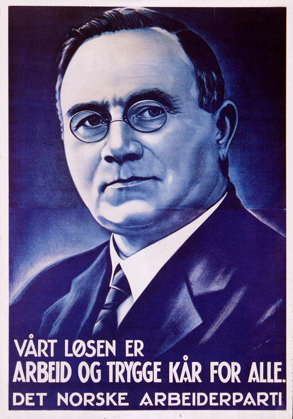 Valgplakat med Johan Nygaardsvold 1936 - Vårt løsen er arbeid og trygge kår for alle. Foto av plakat.