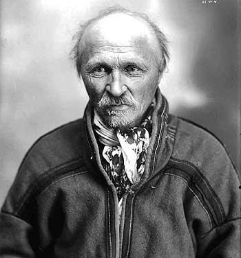 Portrett av den samiske forfatteren Johan Turi. Foto.