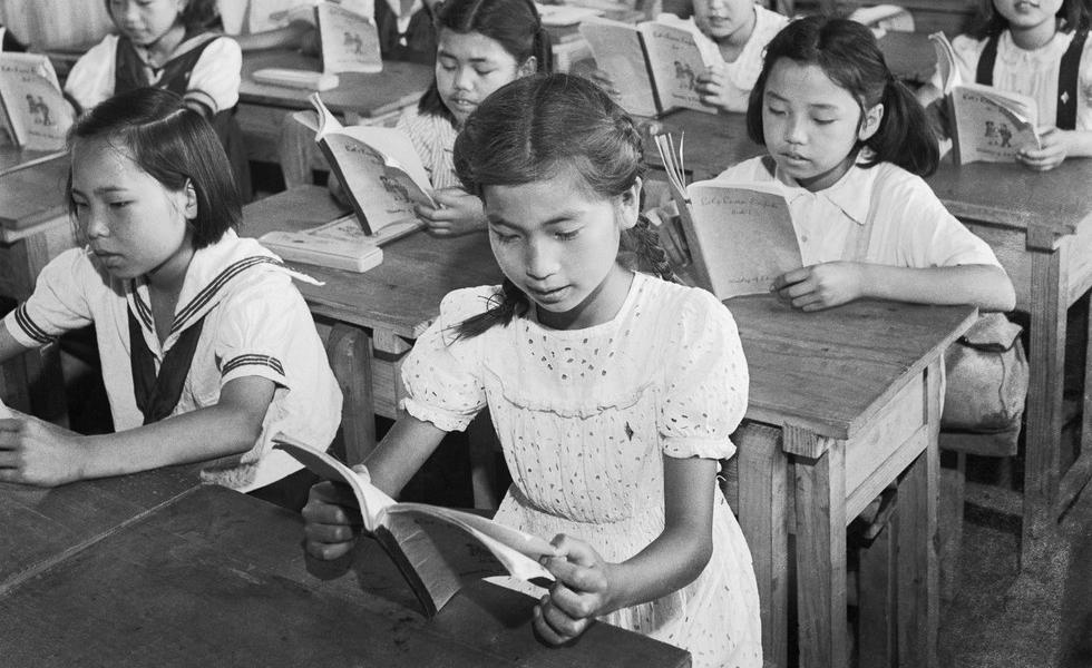 Jenteskole i Kina. Foto.