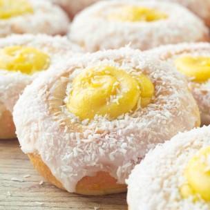 Skoleboller med melis og kokos. Foto.