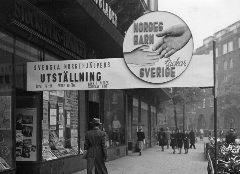 Banner med teksten Norges barn takker Sverige