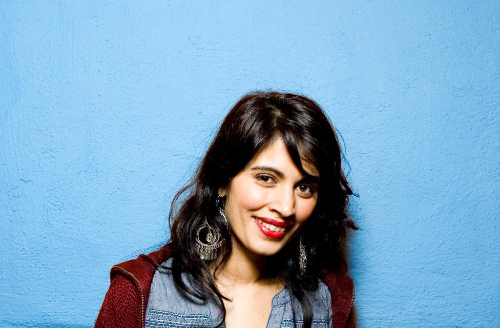 Portrett av Iram Haq, filmregissør med norsk-pakistansk bakgrunn