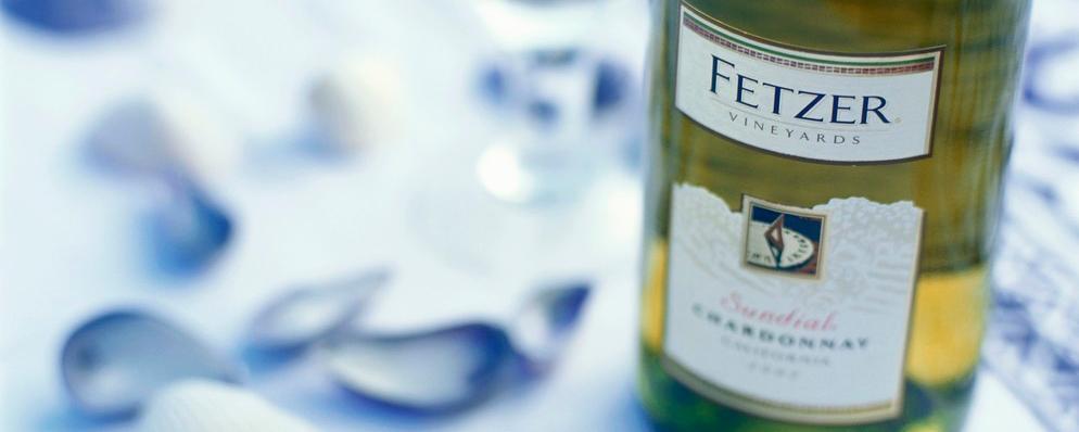 bilde av En flaske hvitvin fra Fetzer vinmarker