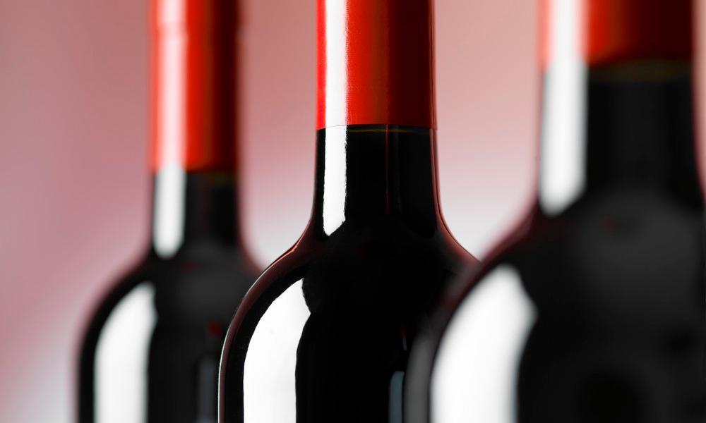 Flasker med rødvin