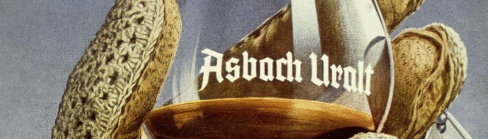 bilde av et glass med Asbach brandy