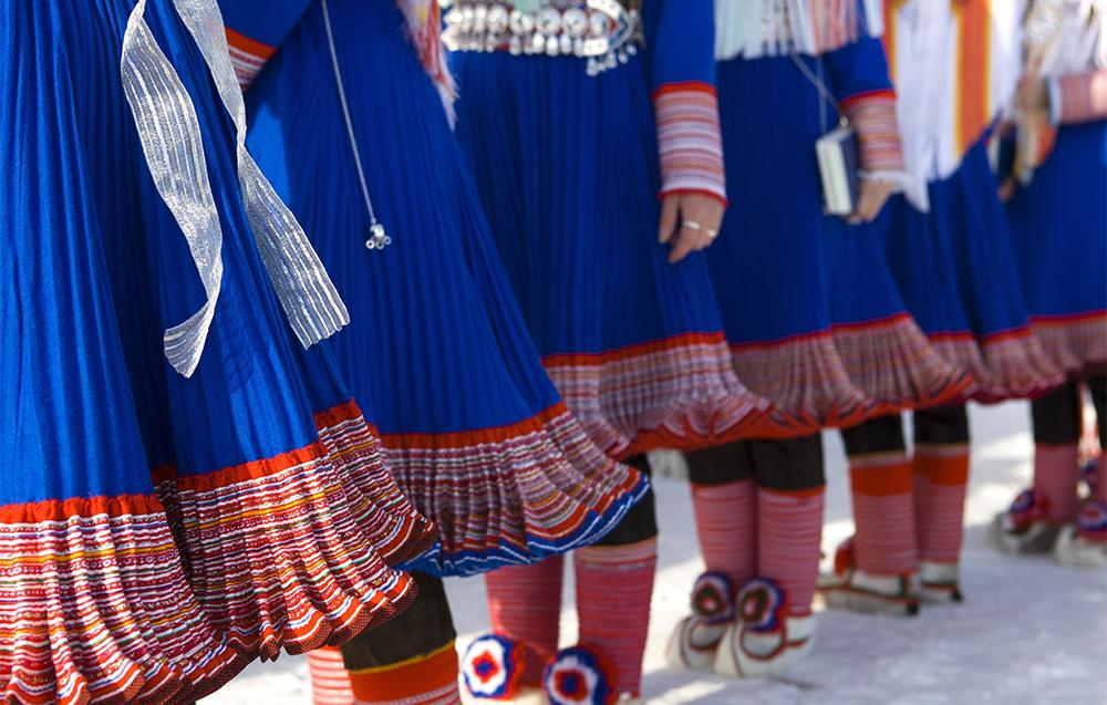 Fra hverdagsplagg til kulturelt kjennetegn NDLA
