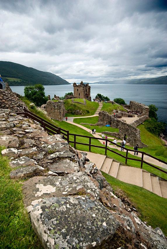 Utsikt over Loch Ness. Foto.