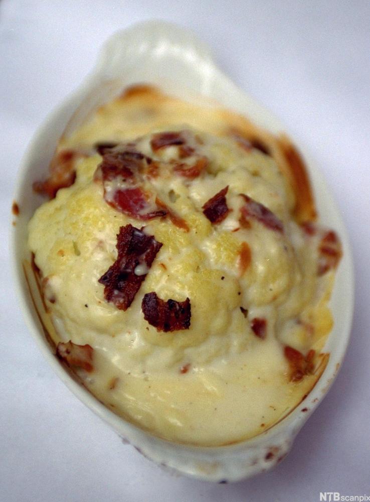 bilde av gratinert blomkål med bacon