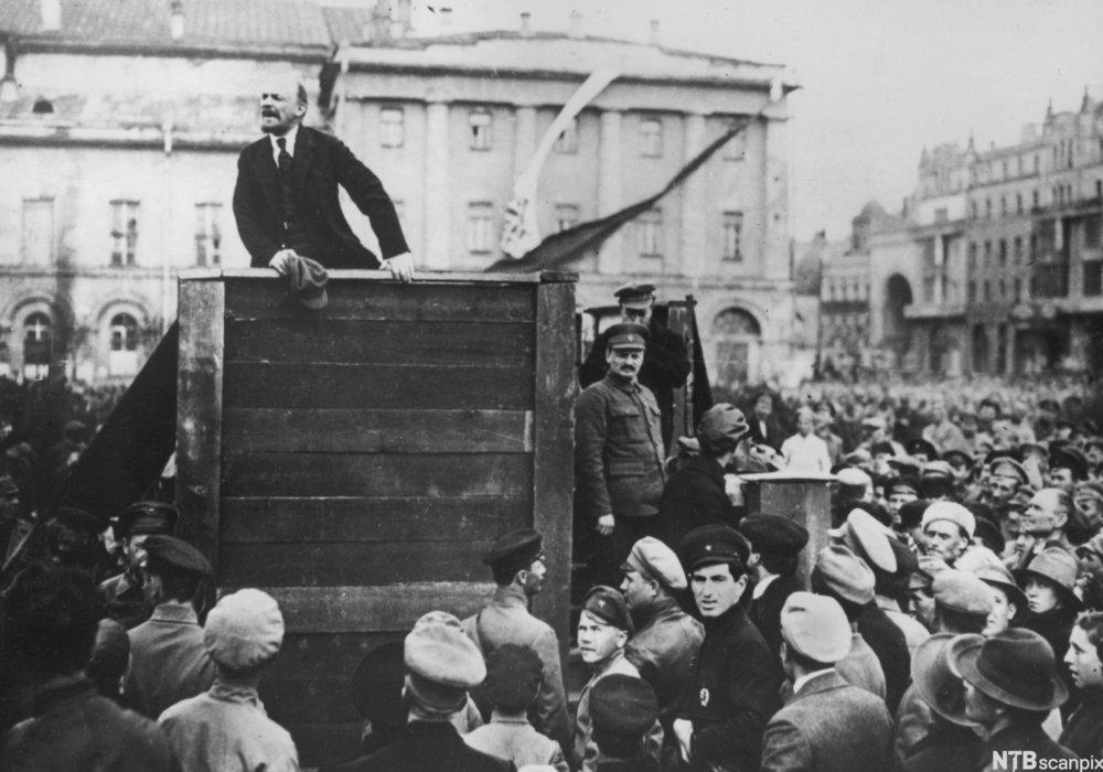 Lenin og Trotskij i Moskva i 1920