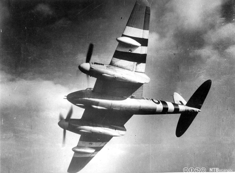 Den de Havilland DH.98 Mosquito - et britisk multi-bruks kampfly - fotografert i 1941