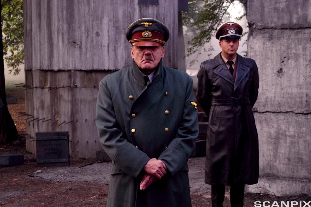 Bruno Ganz som Hitler i filmen Der Untergang (2004)