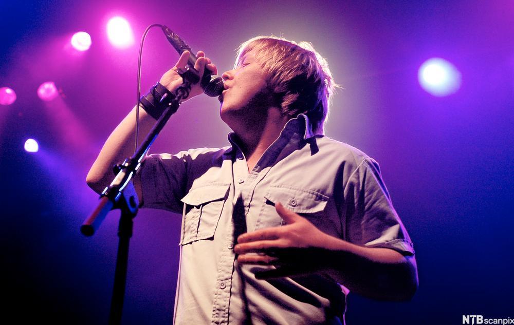 Kurt Nilsen synger
