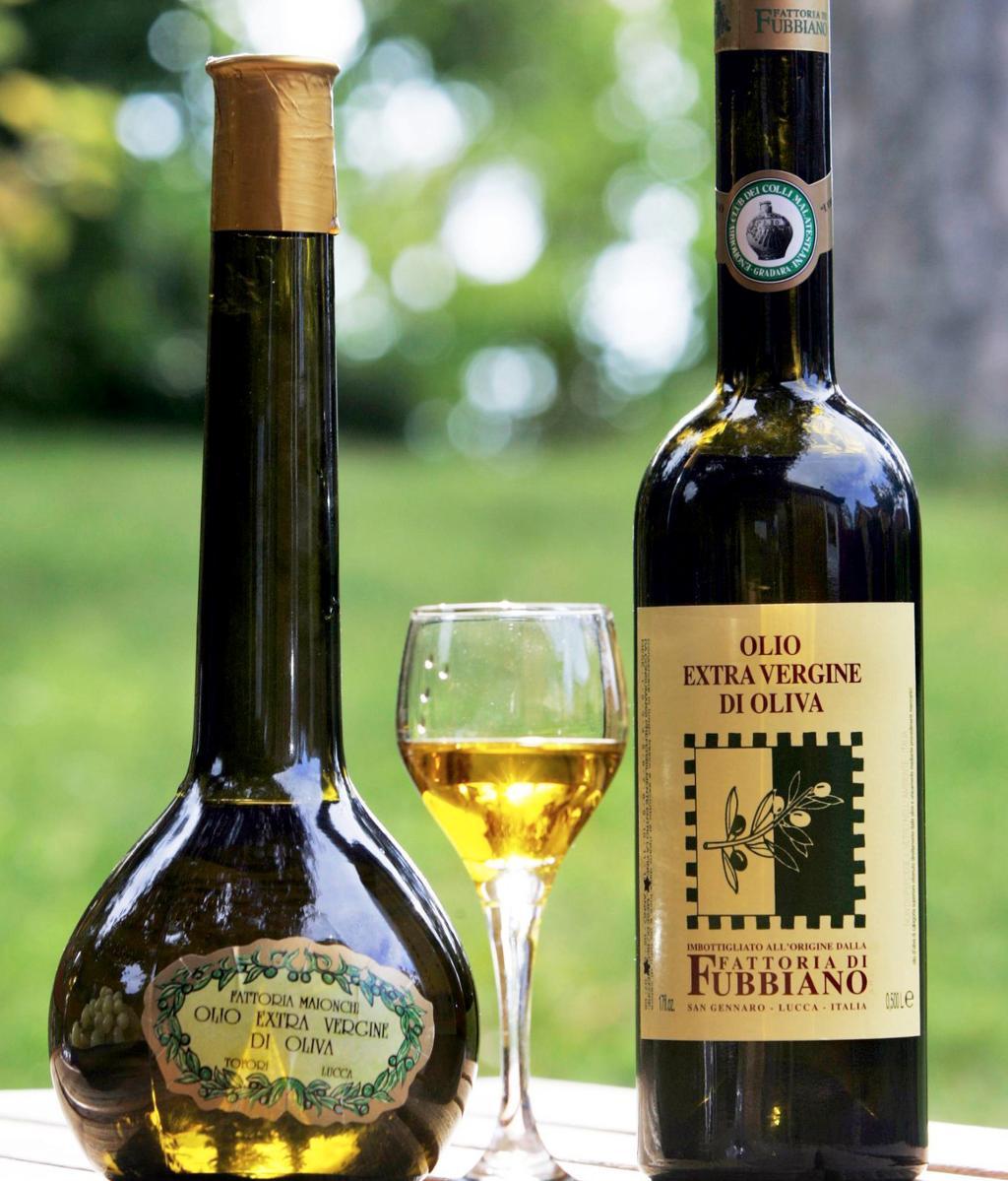 Ekstra virgin olivenolje. Foto.