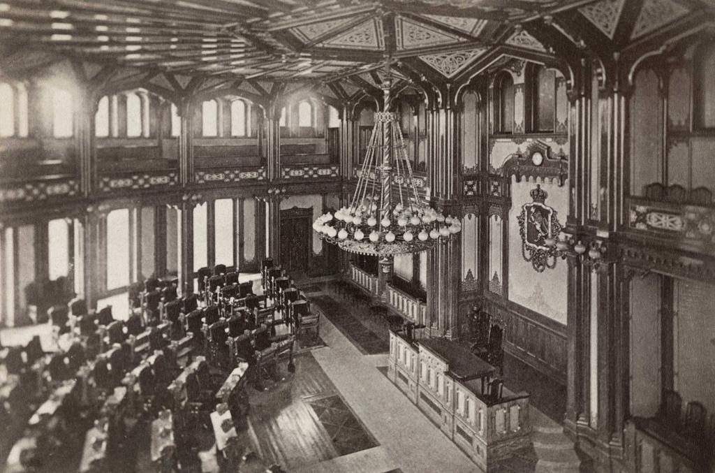 Stortingssalen ca 1870. Foto.