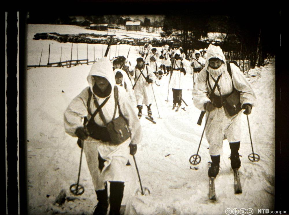 Tyske soldater på ski.
