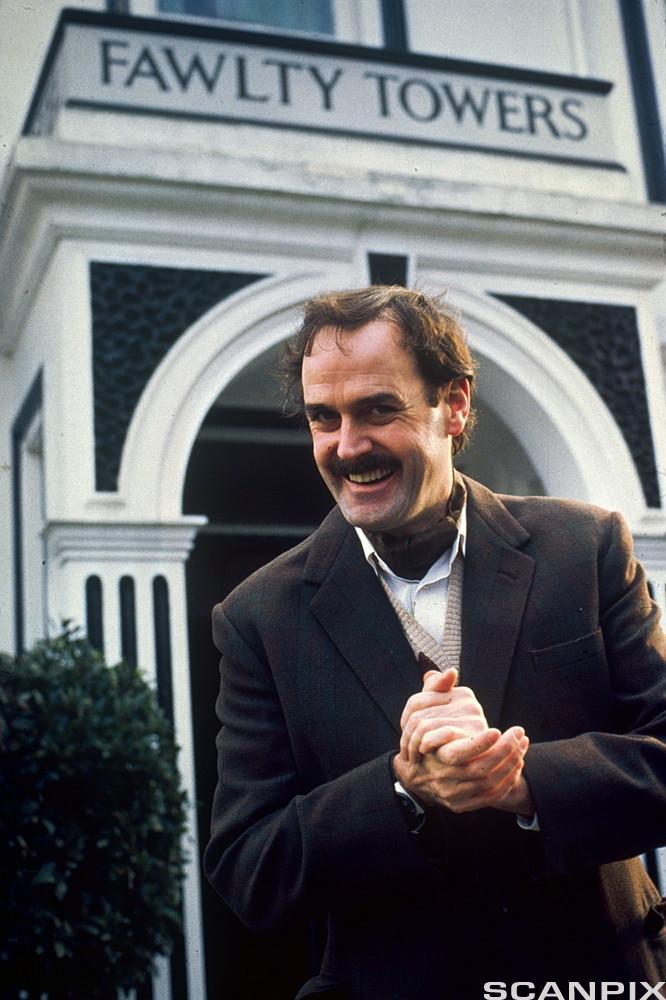 John Cleeses as Basil Fawlty
