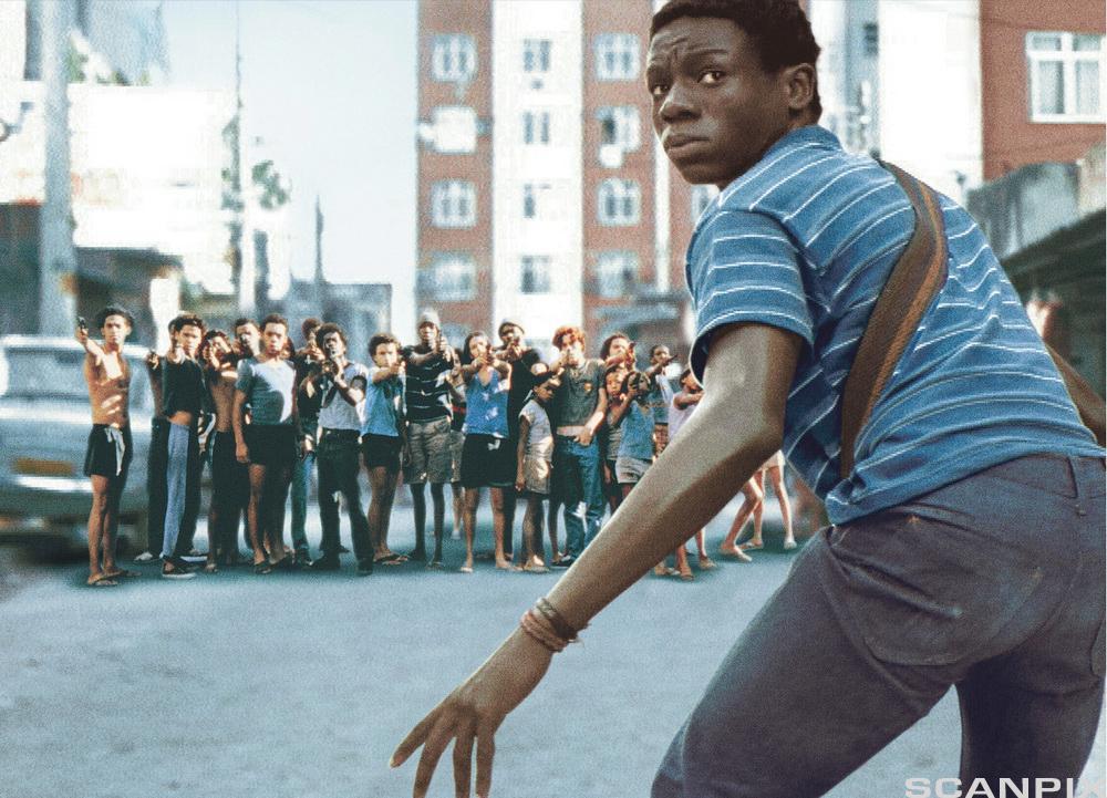 """Alexandre Rodrigues i den brasilianske filmen """"City of God """" (2002)."""