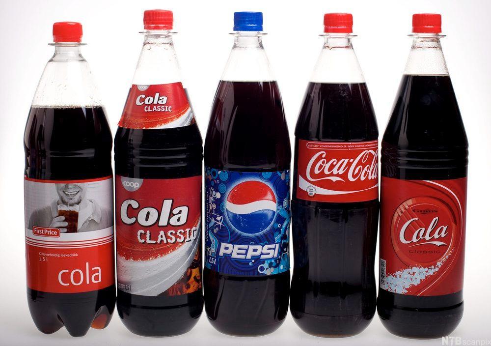 Ulike typer coladrikker. Foto.