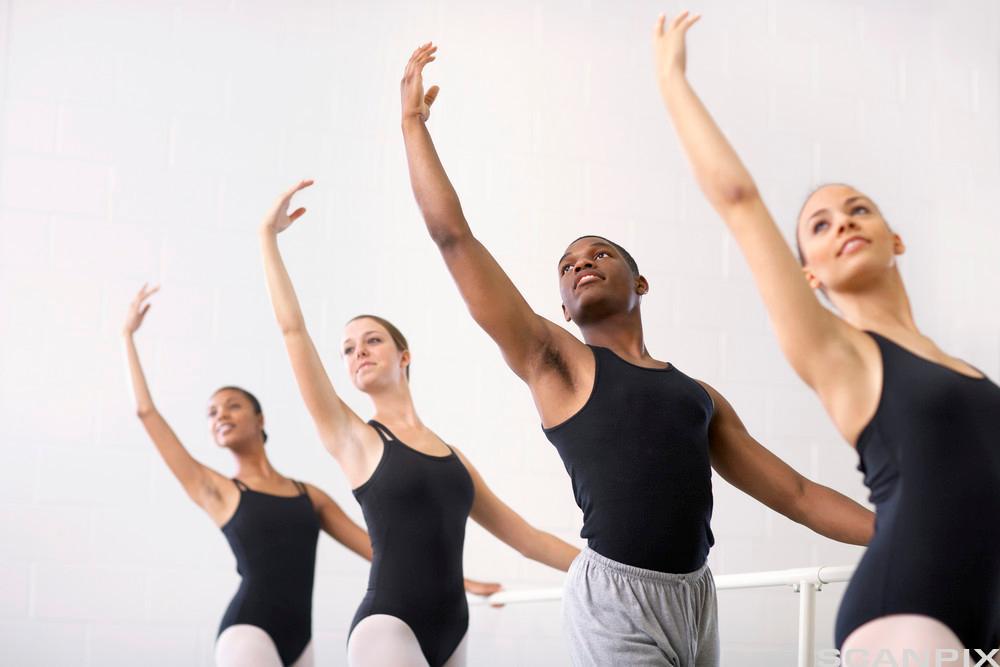 Bilde av ballettdansere.